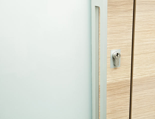 Bespoke veneer front door