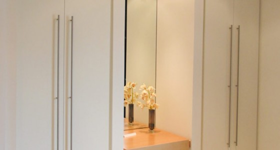 Bespoke bedroom wardrobe and dresser