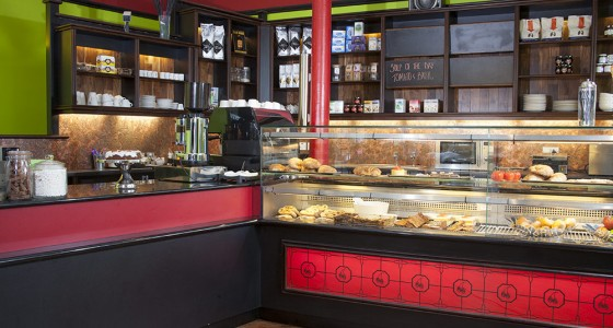 Bespoke shop fit-out for bakery